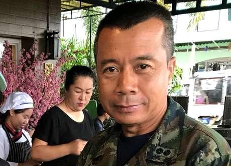 O contra-almirante Arphakorn liderou a unidade de forças especiais da Marinha tailandesa