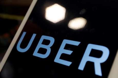 Logo do Uber em iPad durante coletiva de imprensa da empresa 13/04/2017  REUTERS/Tyrone Siu