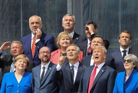 Líderes de países da Otan posam para foto oficial em Bruxelas 11/07/2018 Ludovic Marin/Pool via Reuters