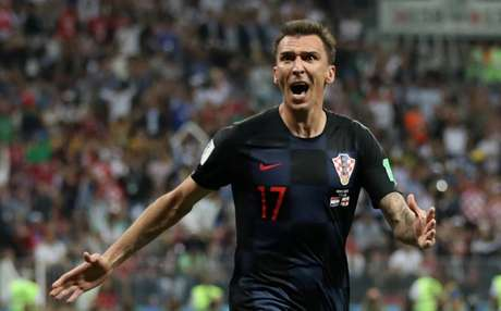 Mario Mandzukic, da Croácia, comemora gol marcada contra a Inglaterra na semifinal da Copa do Mundo 11/07/2018 REUTERS/Carl Recine