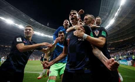 Croatas comemoram o segundo gol