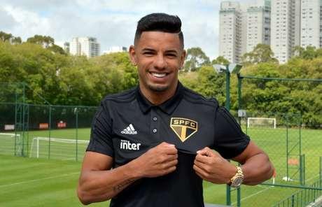 Aos 28 anos, lateral Bruno Peres chega emprestado pela Roma por um ano e meio (Érico Leonan/saopaulofc.net)