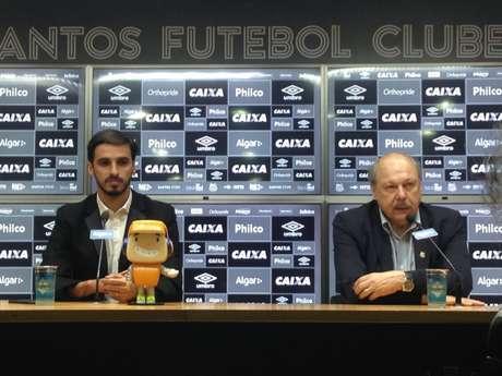 Apresentado no Santos por Peres, Brya Ruiz já pensa em aposentadoria no Santos (Foto: Gabriela Brino)