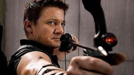 Gavião Arqueiro de 'Vingadores: Guerra Infinita' será o policial Twitch Williams de 'Spawn'