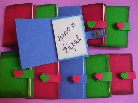 7 – Agenda em papel como lembrancinhas para o dia dos pais.