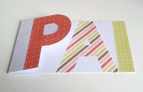 32- Cartão artesanal para lembrancinhas para o dia dos pais.