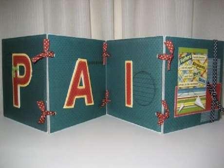 40- Porta CDs em EVA como lembrancinhas para o dia dos pais.