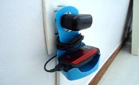 19 – Depois de pronto, você pode colocar o celular para carregar.