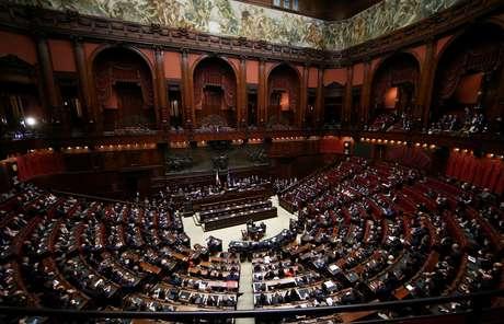 A Câmara da Itália, durante discurso de Fico