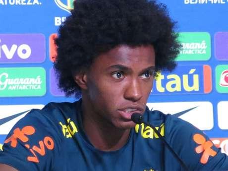Barcelona aumentou a oferta pela contratação de Willian (Foto: MoWA Press)