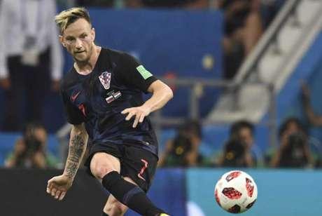 Rakitic é um dos trunfos da Croácia para a final diante da França (Foto: KIRILL KUDRYAVTSEV / AFP)