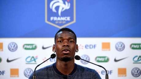 Pogba, durante entrevista coletiva (Foto: FRANCK FIFE / AFP)