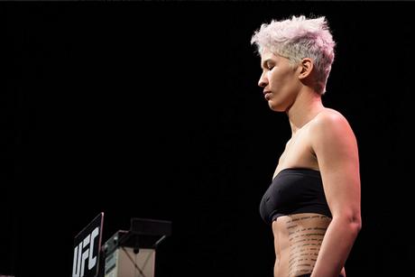 Larissa Pacheco tem duas lutas pelo UFC e em ambas saiu derrotadas, mas tem nova chance no TUF (Foto: UFC)