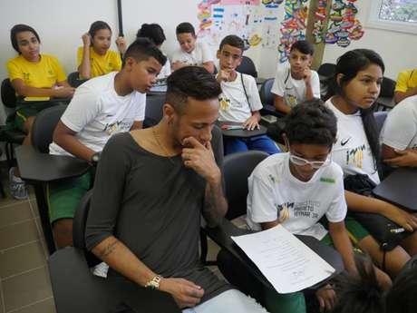 Neymar costuma visitar todo ano seu Instituto na Praia Grande (Foto: Instituto Projeto Neymar Jr/Divulgação)