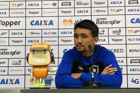 Kieza é o artilheiro do Botafogo na temporada, com oito gols - junto a Brenner (Foto: Reprodução / Twitter BFR)