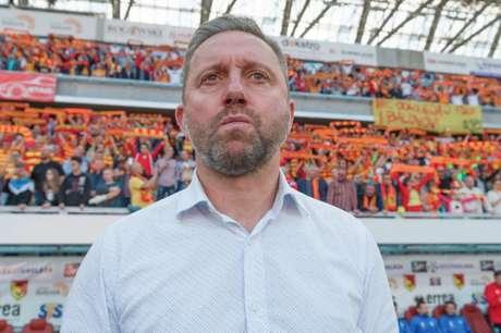 Jerzy Brzeczek é o novo técnico da Polônia (Foto: AFP)