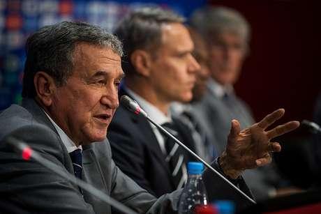 Parreira faz parte do grupo de estudos técnicos da Fifa