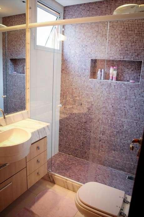 28. A pia pode ser um pouco maior do que o armário de banheiro, caso você prefira ou seja necessário