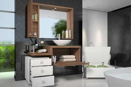 10. Você pode optar por um gaveteiro independente, um gabinete suspenso e nichos ao invés de um armário pra banheiro