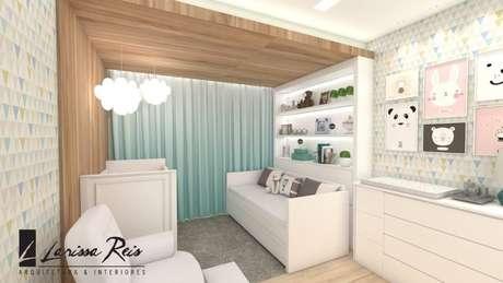 29. Móveis brancos em quarto com cores pasteis. Projeto de Arq Blue Arquitetura