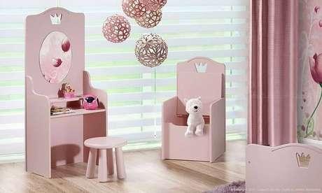 52. Quarto de bebê menina com móveis rosa. Projeto de LojasKD