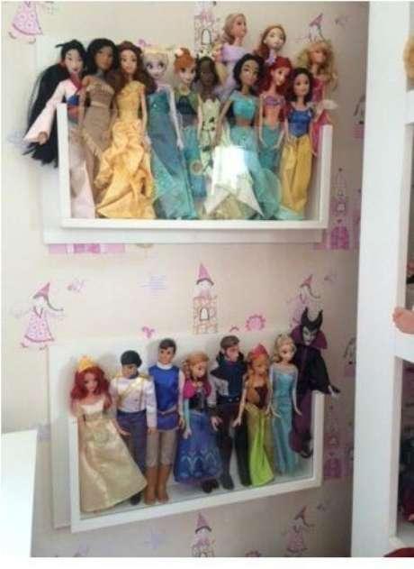 55. Nichos para organizar bonecas. Projeto de Home Sweet Home Decor