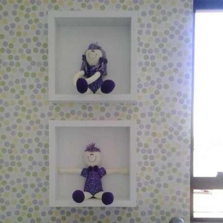 47. Papel de parede para quarto de bebê menina de bolinhas. Projeto de Adriana Rodrigues