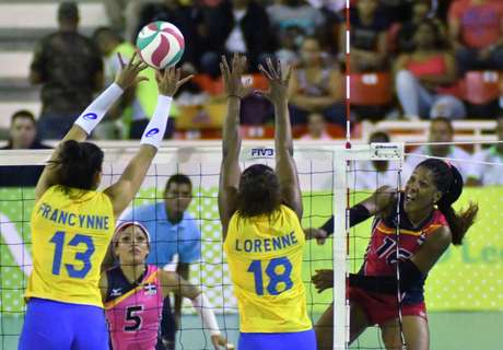 Brasileiras perderam para República Dominicana na semifinal neste sábado.