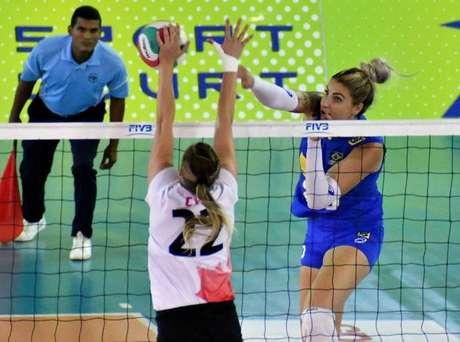 A seleção brasileira feminina de vôlei foi comandada por Wagner Coppini, o Wagão, que também é auxiliar técnico do time principal