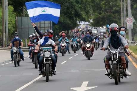 Manifestantes de oposição ao governo da Nicarágua participam de protesto contra a violência 15/07/2018 REUTERS/Oswaldo Rivas