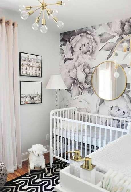 8. Os espelho podem ajudar na sensação de amplitude do quarto pequeno de bebê