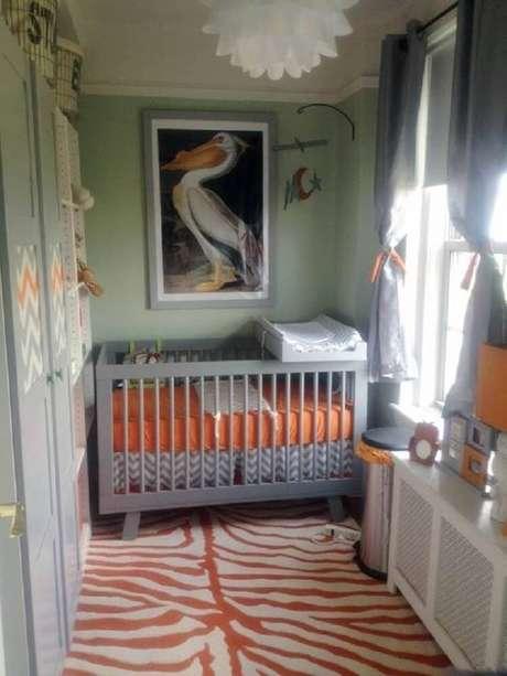 18. Decoração para quarto de bebê simples e pequeno