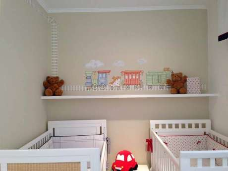 29. Ideias de decoração para quarto pequeno de bebês gêmeos