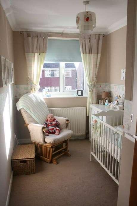 34. Modelo de poltrona para quarto pequeno de bebê