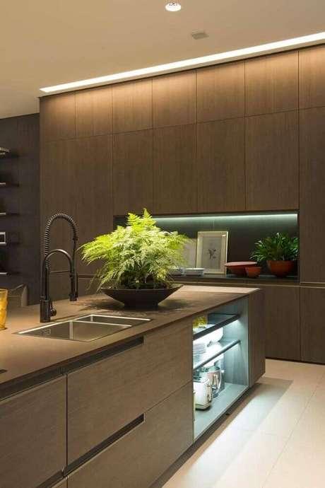 48. Nichos para cozinha sofisticada com iluminação embutida