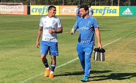Dudu durante treino do Palmeiras na manhã desta terça-feira (Foto: Thiago Ferri)