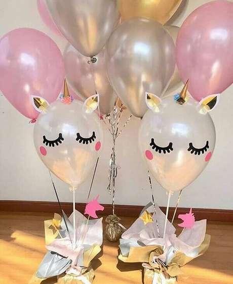 31- Balões para decoração de festa unicórnio.