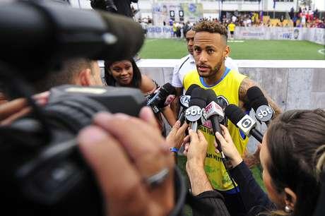 """Neymar desabafou no final do evento """"Neymar Jr's Five"""", competição de futebol de cinco que ele organizou"""