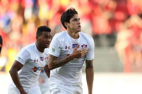 Pedro, do Fluminense, comemora após marcar gol em partida contra o Sport