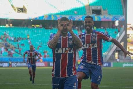 Zé Rafael comemora o seu gol contra o Vitória, em partida válida pelo Campeonato Brasileiro