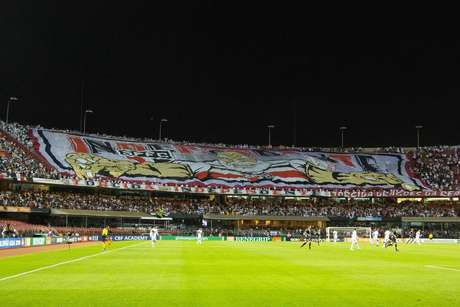 58 mil pagantes estiveram no Morumbi para acompanhar a vitória do São Paulo sobre o Corinthians por 3 a 1