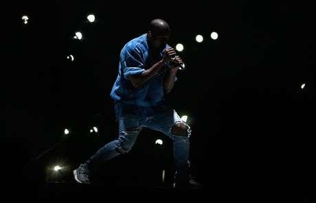 Kanye West em show de encerramento dos Jogos Pan Americanos de Toronto, em 2015