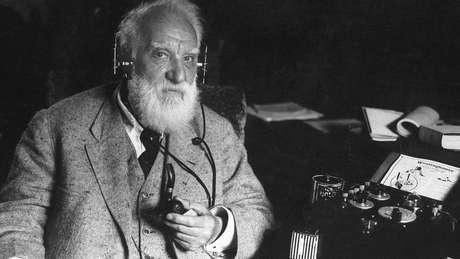 O inventor escocês Alexander Graham Bell era fascinado pela ideia de transmitir a fala