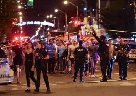 Polícia cerca o local do atentado