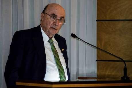 O pré-candidato à presidência de República pelo MDB e ex-ministro da fazenda, Henrique Meirelles, em Curitiba, durante um evento na Associação Comercial do Paraná nesta segunda-feira (23).