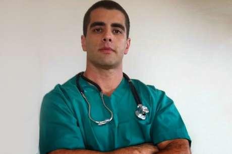 Denis Furtado é conhecido como 'Doutor Bumbum'
