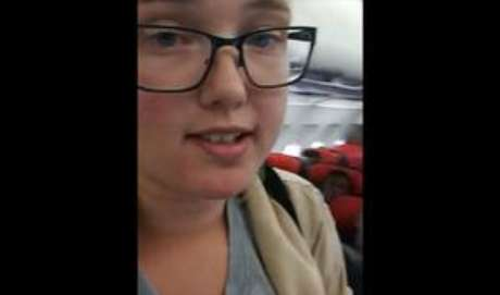 Estudante sueca impediu decolagem de avião com afegão que seria deportado