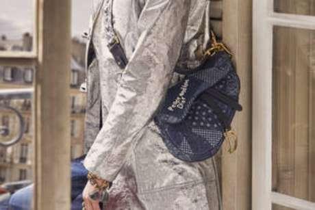 A Dior Saddle é a bolsa hit da temporada