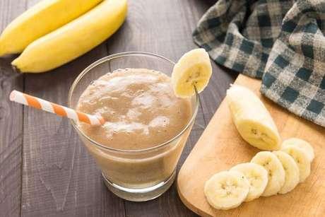 Milk shake vegano com cacau em pó