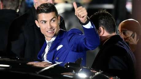 O jogador Cristiano Ronaldo tem 137 milhões de seguidores no Instagram, e cada post patrocionado seu gera cerca de US$ 750 mil